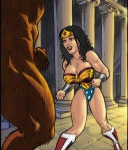 goodcomix.tk__surefap.org__Here-She-Comes-Sexy-Wonder-Woman-Vs.-Minotaur-C-01_Gotofap_1340873319_456091011_1174096939.jpg
