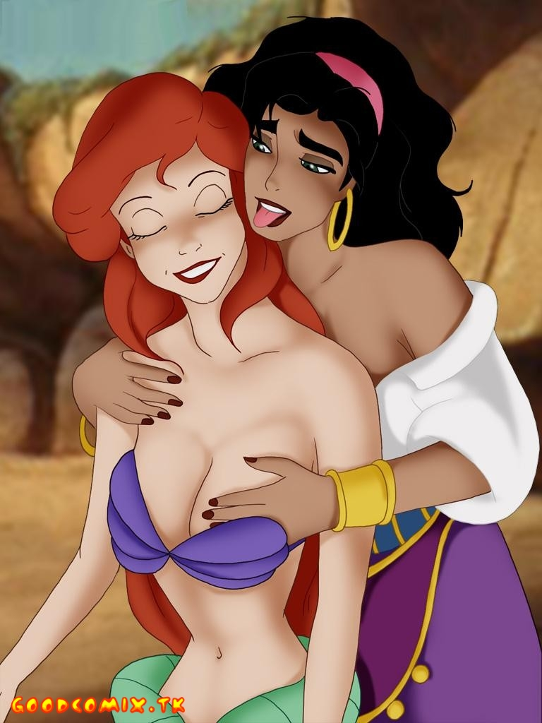 Goodcomix.tk Crossover - [CartoonValley] - Ariel And Esmeralda - Romantic Friendship of Girls