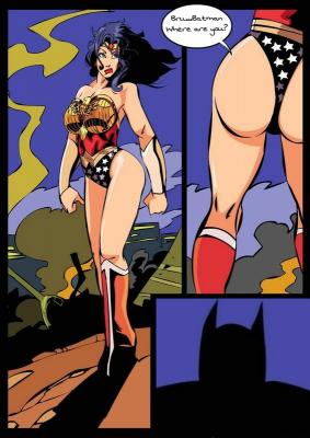 Goodcomix Batman - [Okunev] - Wonder Woman Night Patrolling With Her Batman